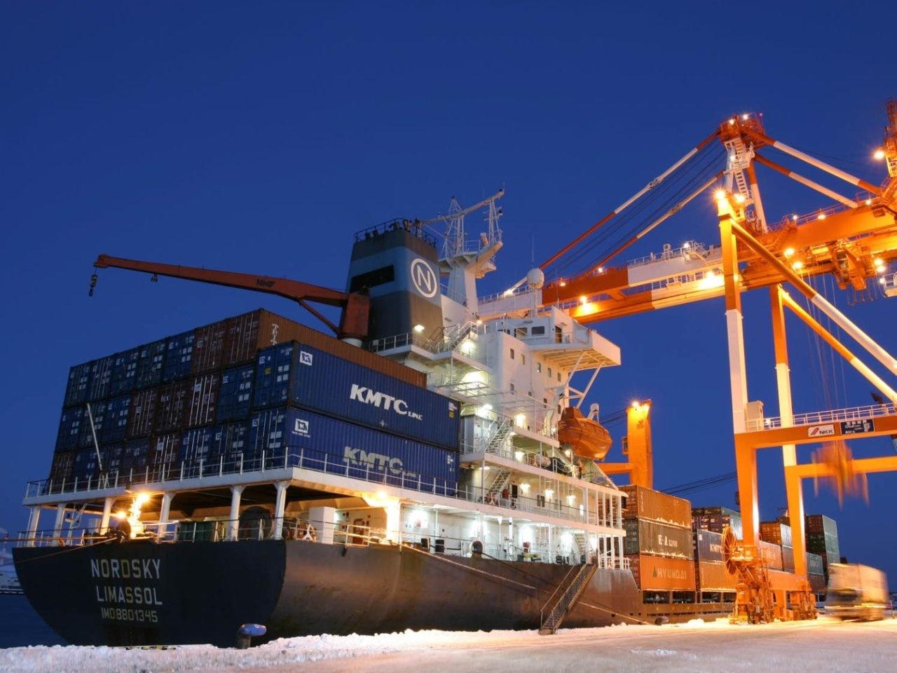 cargo_ship_wallpaper_5-1280x960